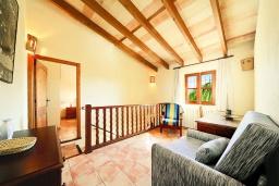 Гостиная / Столовая. Испания, Алькудия : Традиционная испанская вилла с частным бассейном и красивым видом на закат,  с 3 спальнями, 2 ванными комнатами
