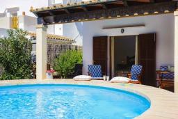 Бассейн. Испания, Кала-д'Ор : Загородная вилла для отдыха на испанском острове Майорка, 3 спальни, 2 ванные комнаты, частный бассейн