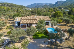 Территория. Испания, Буньола : Усадьба с частным бассейном, садом и огромным пространством для 8 гостей