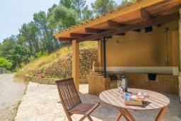 Зона барбекю / Мангал. Испания, Андрайч : Очаровательный дом с частным бассейном и террасой