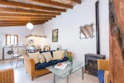 Студия (гостиная+кухня). Испания, Андрайч : Очаровательный дом с частным бассейном и террасой