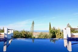 Вид. Испания, Дения : Роскошная и комфортабельная вилла с видом на море, 3 спальни, гостиная, 3 ванные комнаты, спутниковое телевидение, сад, терраса, барбекю, Wi-Fi, кондиционер, бассейн, парковка