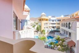 Испания, Лос Кристианос : Роскошная просторная квартира с великолепным видом на Атлантический океан и бассейном, 300 м до пляжа, 3 спальни, 1 ванная комната, wi-fi