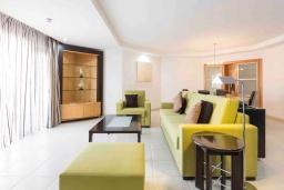 Испания, Лос Кристианос : Роскошная современная квартира с панорамным обзором открытого бассейна, 300 м до пляжа, 2 спальни, 2 ванные комнаты, wi-fi, бесплатная парковка