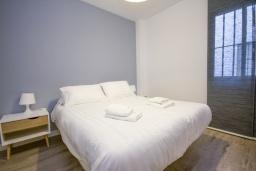 Спальня. Испания, Нерха : Со вкусом меблированные апартаменты в городе Нерха неподалеку от пляжа Балкон-де-Европа, природного заповедника Маро-Серро-Гордо, аквапарка Aquavelix и полей для гольфа Baviera Golf и Los Moriscos Golf, 1 спалья, 1 ванная комната, бесплатный Wi-Fi
