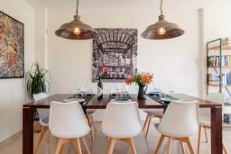 Испания, Фуэнхирола : Cовременный дуплекс на 6-х гостей с собственным спа-салоном на террасе на крыше, зоной барбекю, открытым бассейном, 3 спальни, бесплатная парковка, кондиционирование, wi-fi