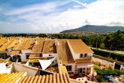 Вид на виллу/дом снаружи. Испания, Альфас-дель-Пи : Просторный и современный таунхаус в уютной урбанизации Эль Тоссалет, с 4 спальнями, 2 ванными комнатами, с видом на море и горы