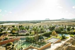 Вид. Испания, Мучамель : Просторная светлая квартира с 3 спальнями, 2 ванными комнатами и общи бассейном, оборудована кондиционером, стиральной машиной, посудомоечной машиной и WIFI