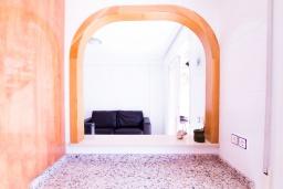 Кухня. Испания, Мучамель : Светлая и просторная квартира расположена в паре минут езды от прекрасного города Мучамель, 3 спальни, 1 ванная комната, терраса на крыше с видом на море