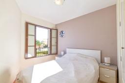 Спальня 2. Испания, Бенидорм : Современный и просторный таунхаус, расположенный недалеко от Бенидорма,