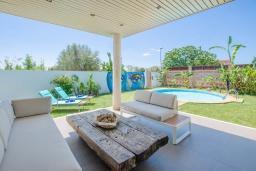 Патио. Испания, Маррачи : Стильное шале с частным бассейном и садом