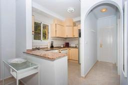 Кухня. Испания, Сьюдад Кесада : Прекрасный 2-спальный таунхаус с большой ванной комнатой и прекрасным видом на поле для гольфа