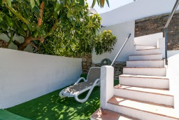 Прочее. Испания, Нерха : Уютный коттедж с бассейном, открытой парковкой и барбекю в 11 минутах езды от центра города Нерха и в 9 минутах на машине от одного из самых популярных пляжей Эль Плайазо, 1 спальня, 1 ванная комната, Wi-Fi.