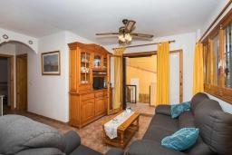 Студия (гостиная+кухня). Испания, Плайя Фламенка : Очаровательная 2х комнатная квартира, недалеко от пляжа, и всех местных удобств