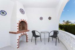 Терраса. Испания, Сьюдад Кесада : Красивая и очень просторная вилла с 3 спальнями и 2 ванными комнатами с большим частным бассейном.