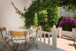 Балкон. Испания, Сьюдад Кесада : Прекрасный дом с 2 спальнями, 2 ванными комнатами, является частью охраняемого закрытого сообщества в самом сердце Донья Пепа, в нескольких минутах ходьбы от всех местных удобств.