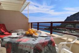 Вид на море. Испания, Кальпе : Хорошая квартира для отдыха с 1 спальней и 1 ванной комнатой, прямо на пляже Леванте, с роскошным видом видом на море и пляж