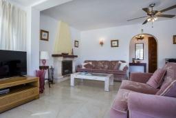 Гостиная / Столовая. Испания, Кальпе : Замечательный дом для отдыха, недалеко от пляжа и Кальпе, с 3 спальнями, 2 ванными комнатами и частным бассейном с шезлонгами