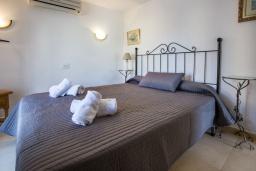 Спальня 3. Испания, Кальпе : Замечательный дом для отдыха, недалеко от пляжа и Кальпе, с 3 спальнями, 2 ванными комнатами и частным бассейном с шезлонгами